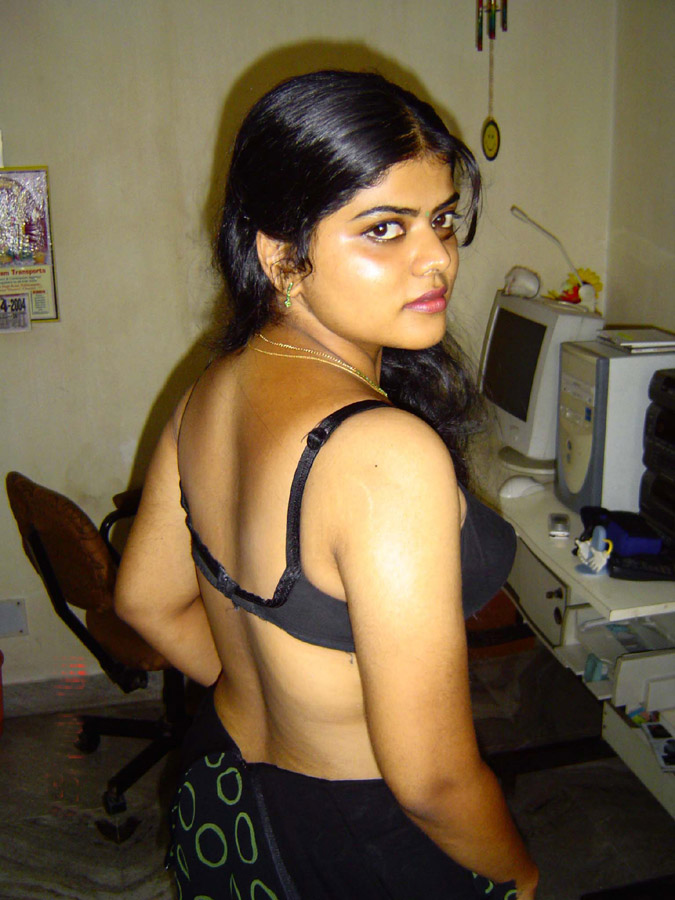 Iab picture gallery 21. Neha nair in normal Indian household