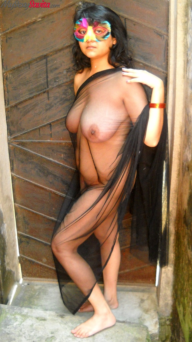 Iab picture gallery 32. Savita bhabhi with large juicy tits in open air shoot