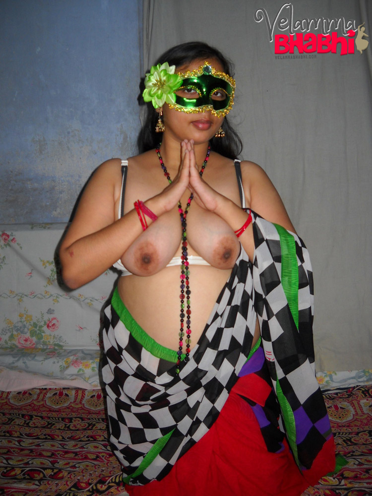 Iab picture gallery 42. Velamma bhabhi spreading her legs full exposure of juicy pussy