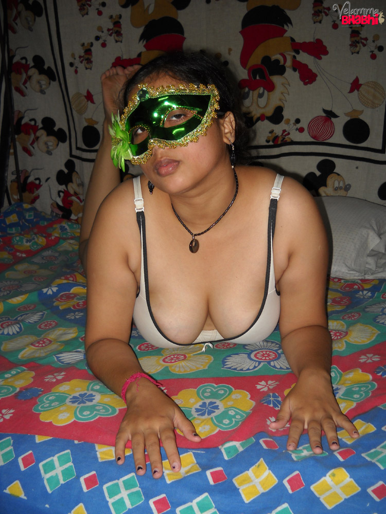 Iab picture gallery 44. Velamma bhabhi considerable juicy melon ready to ger ripped