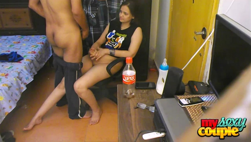 Iab video gallery 25. Sonia bhabhi in full heat taking sunny tool out and giving suc