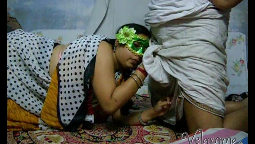 Iab video gallery 29. Velamma bhabhi south indian amateur hot give suck sex